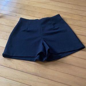90s high-waisted short shorts